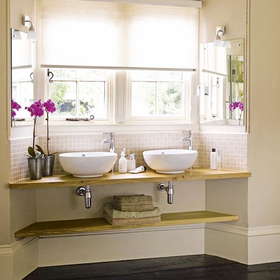 Дизайн кухни с окном в ванную