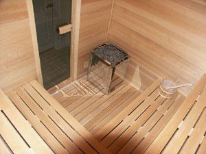 Монтаж пола в бане - один из самых ответственных этапов.  Полы в бане могут быть деревянными (протекающими и...